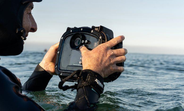 Hasselblad lança nova solução de caixa subaquática Aquatech para o X1D II 50C