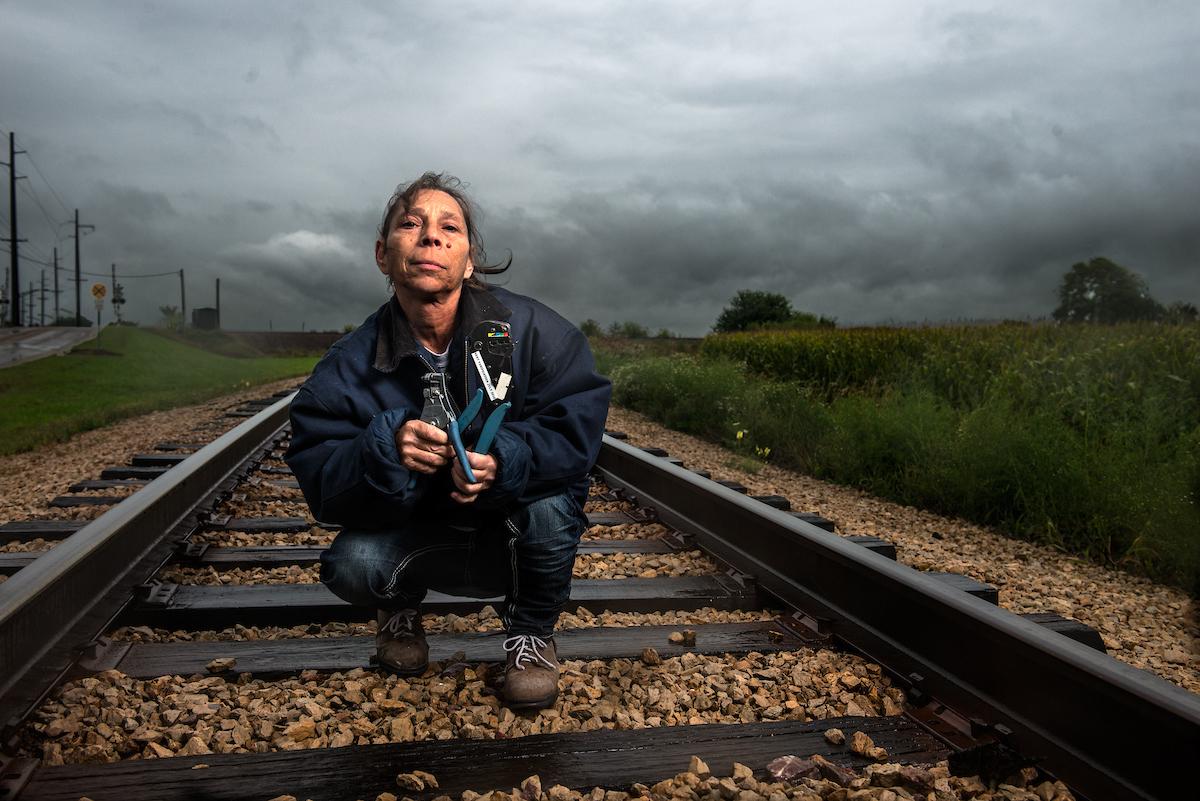 Photo of Modern Rosies: Deanne Fitzmaurice reimagina o símbolo icônico do empoderamento das mulheres