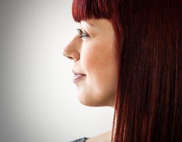 Como usar a visão facial e o ângulo da câmera para tirar retratos atraentes